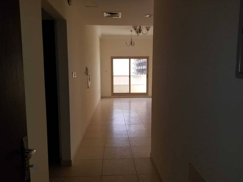 CHEAPEST 1 BHK FOR RENT WITH PARKING IN MAJESTIC ( SEWERAGE FREE)