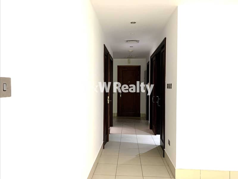 Exclusive  2 BR Ensuite in Downtown