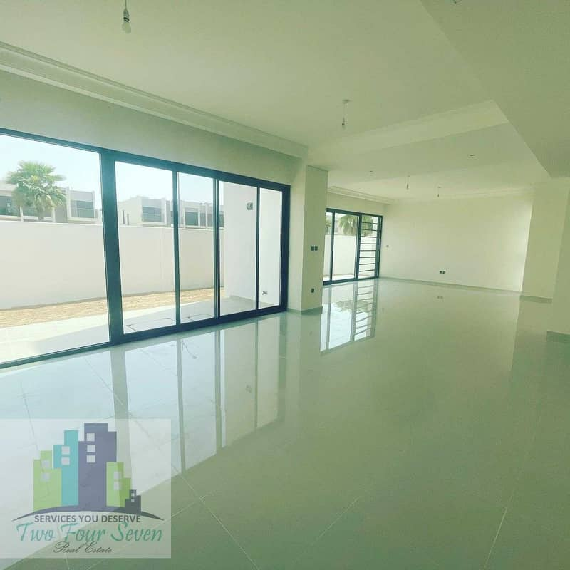 2 GOLF AND  PARK  VIEW HUGE 6 BED+M  IN AKOYA OXYGEN