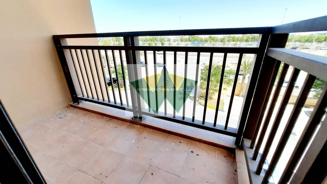 14 Spectacular View 2BHK Apt with Fantastic Community