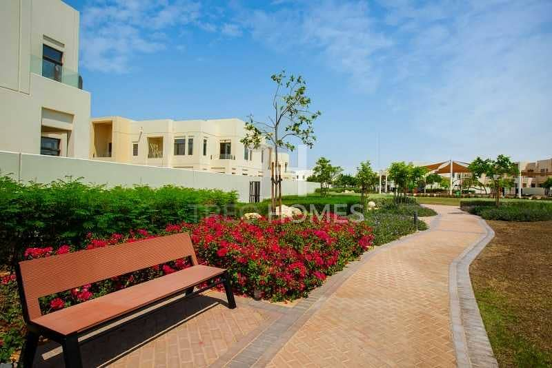 2 Lovely Type G | Near Pool and Park | 4 Bed
