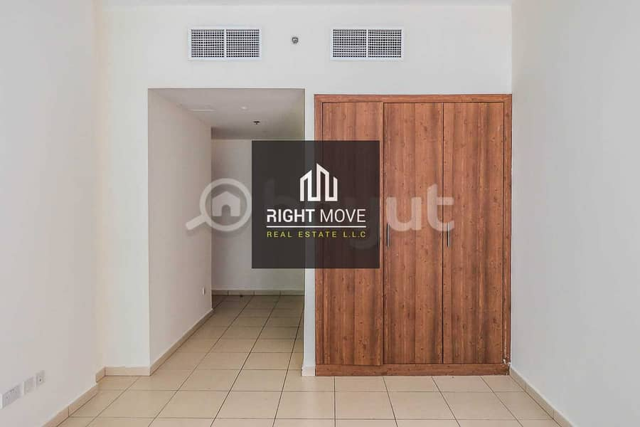 2 2 bedroom with parking for rent in Ajman One Towers