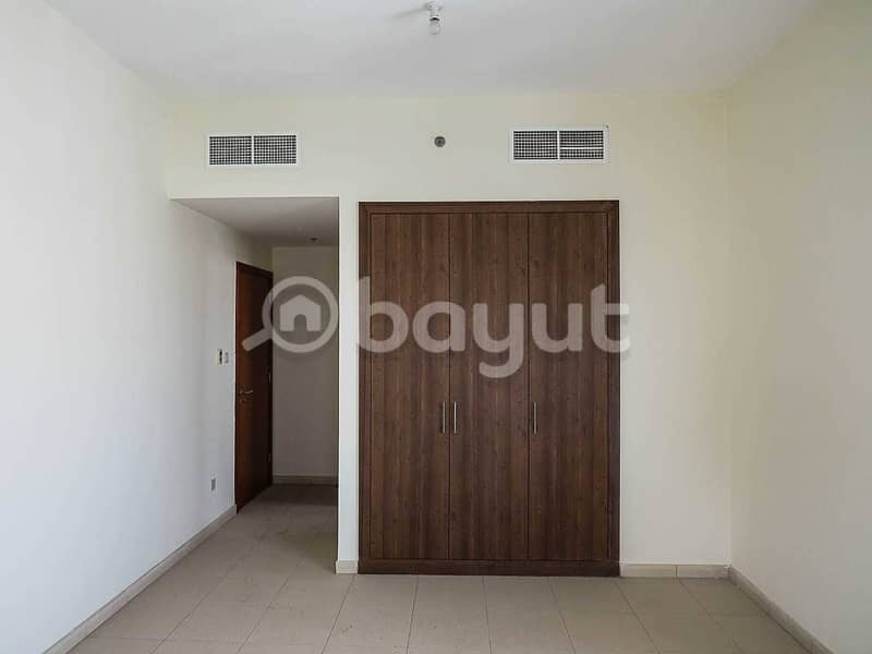 HOT DEAL : 3 Bedroom For Sale with PARKING
