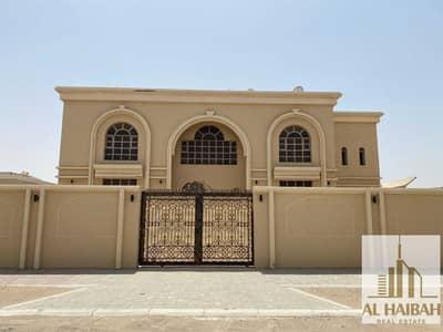 فیلا 4 غرف نوم للبيع في النوف، الشارقة - For sale a two-storey villa in Al-Nouf 1