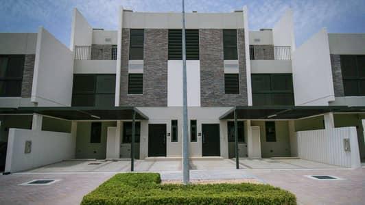 تاون هاوس 5 غرف نوم للبيع في (أكويا أكسجين) داماك هيلز 2، دبي - Call to View this Rare 5 Bed Keys in Hand