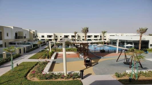 تاون هاوس 3 غرف نوم للبيع في مدن، دبي - قائمة حقيقية | شاغر | النوع 1 | أطلالة على بركة السباحة