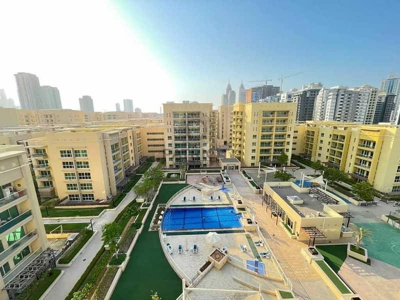Beautiful Pool Views| 2BR Study| VOT