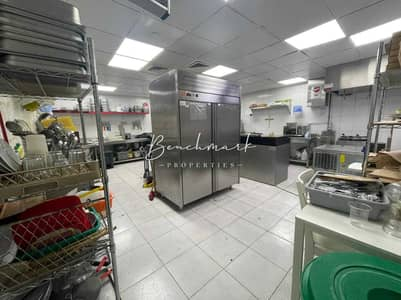 Shop for Rent in Jumeirah Lake Towers (JLT), Dubai - Fully Fitted Kitchen   With Equipment's