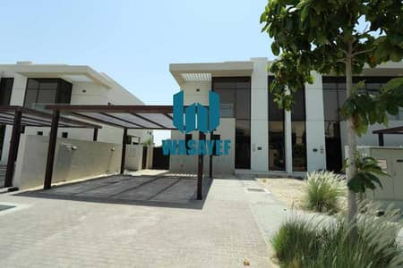 2 Bedroom Villa for Sale in Dubai Hills Estate, Dubai - Townhouse 2 bed ready to move only 1,010,000