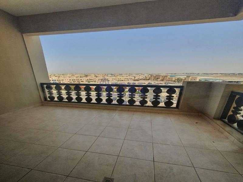 2 New listed ! Spacious unfurnished 1 bedroom apartment .