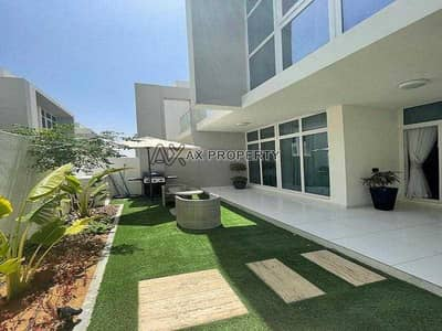 3 Bedroom Townhouse for Sale in DAMAC Hills 2 (Akoya Oxygen), Dubai - Corner Unit   Two Entrance   Single Row   Ready to Move