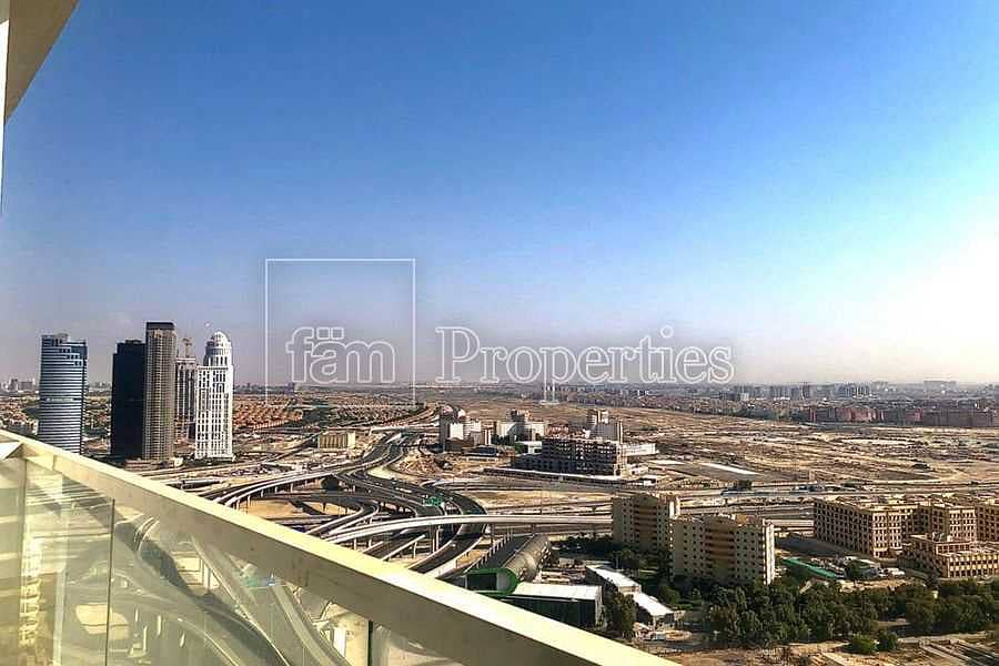 High floor |Excellent finishings |Investor pick