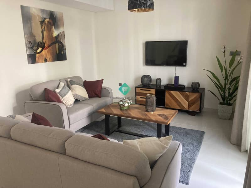 2 Fully Furnished | Contemporary Style | Middle
