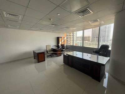 مکتب  للايجار في أبراج بحيرات الجميرا، دبي - 24/7 SECURITY OFFICE SPACE FOR RENT IN GOLD TOWER