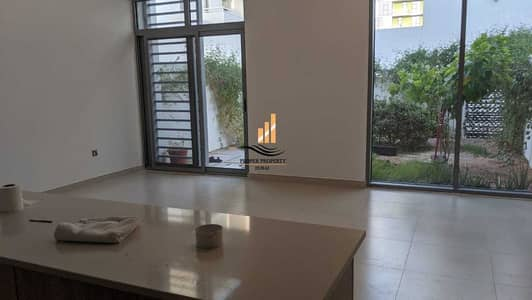 2 Bedroom Townhouse for Rent in Dubai South, Dubai - DUPLEX 2 BHK + STUDY WITH 3 BATH WITH BALCONY IN THE PULSE TOWNHOUSES.