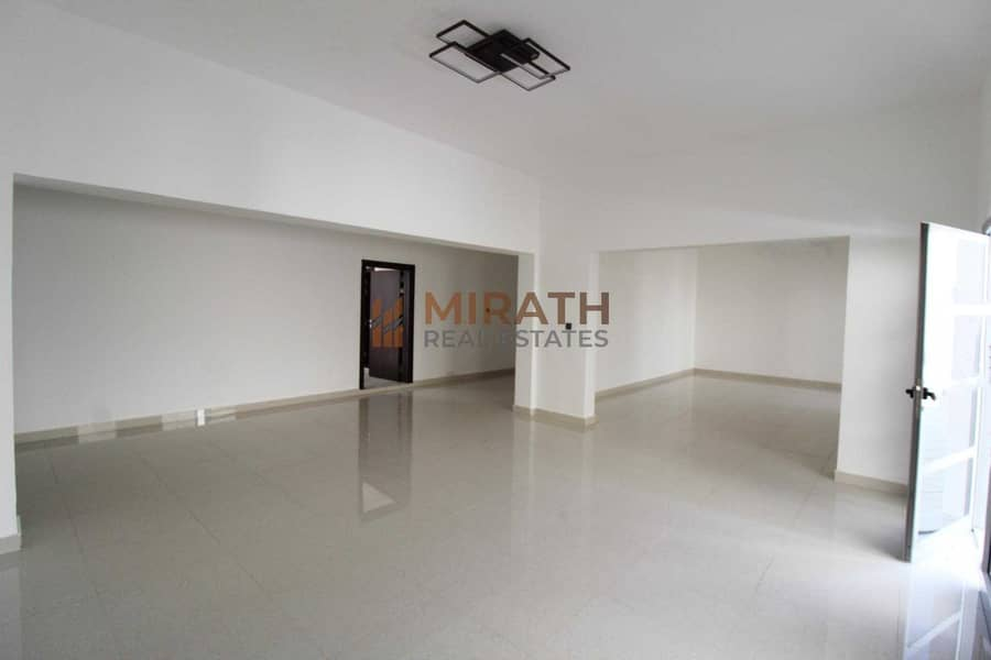 Single Storey Independent Villa with Study Room