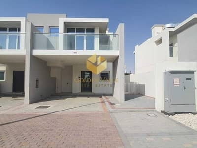 3 Bedroom Townhouse for Sale in DAMAC Hills 2 (Akoya Oxygen), Dubai - 3 Bedroom Townhouse Ready To Move In   With attractive Payment Plan