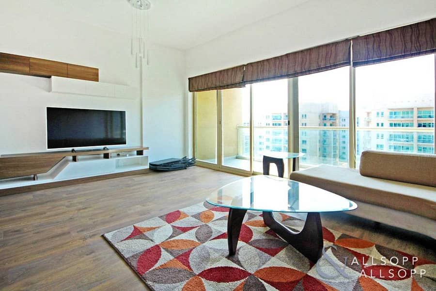2 Vacant | Upgraded 2 + Study | High Floor
