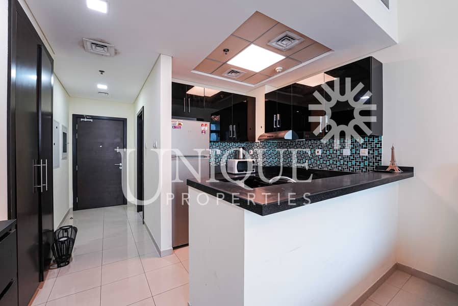13 Furnished Studio | High Floor with Sea View
