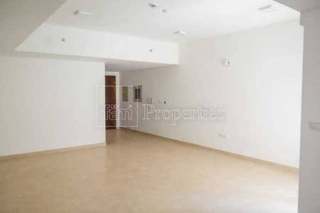 1 Bedroom Flat for Rent in Al Furjan, Dubai - View of Al Furjan Villas L Shaped Balcony