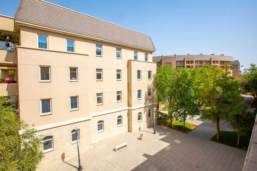 14 Garden View | Affordable and Vibrant Apt