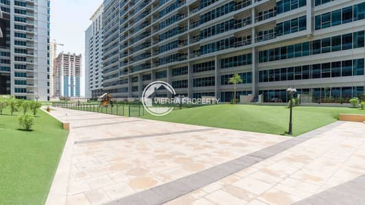 1 Bedroom Flat for Sale in Dubai Residence Complex, Dubai - Pool View   High Floor   Vacant   Best Deal