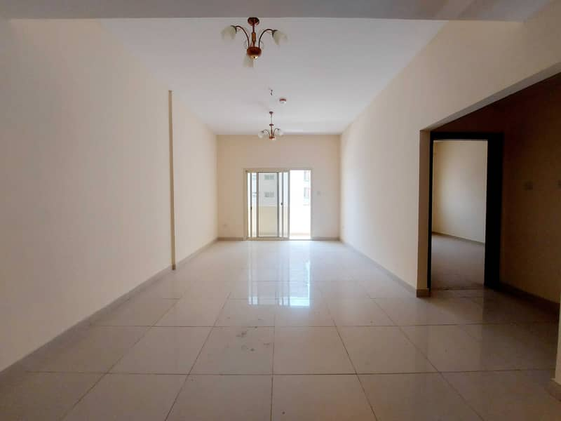 TWO BEDROOM APARTMENT | FREE COVERED PARKING