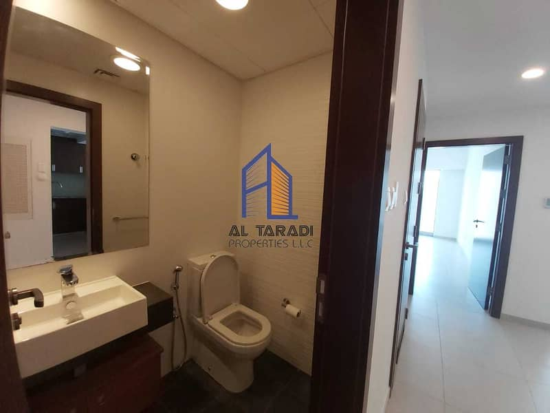 2 Perfect 1 + 1 BR Apartment in Gate Tower 1