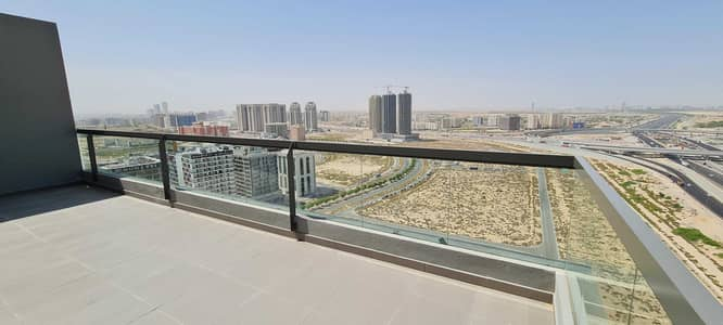 3 Bedroom Flat for Rent in Dubai Silicon Oasis, Dubai - Adorable 3 B/R with Terrace | Pool