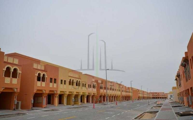 Vacant 2 Bedroom Villa For Sale in Abu Dhabi