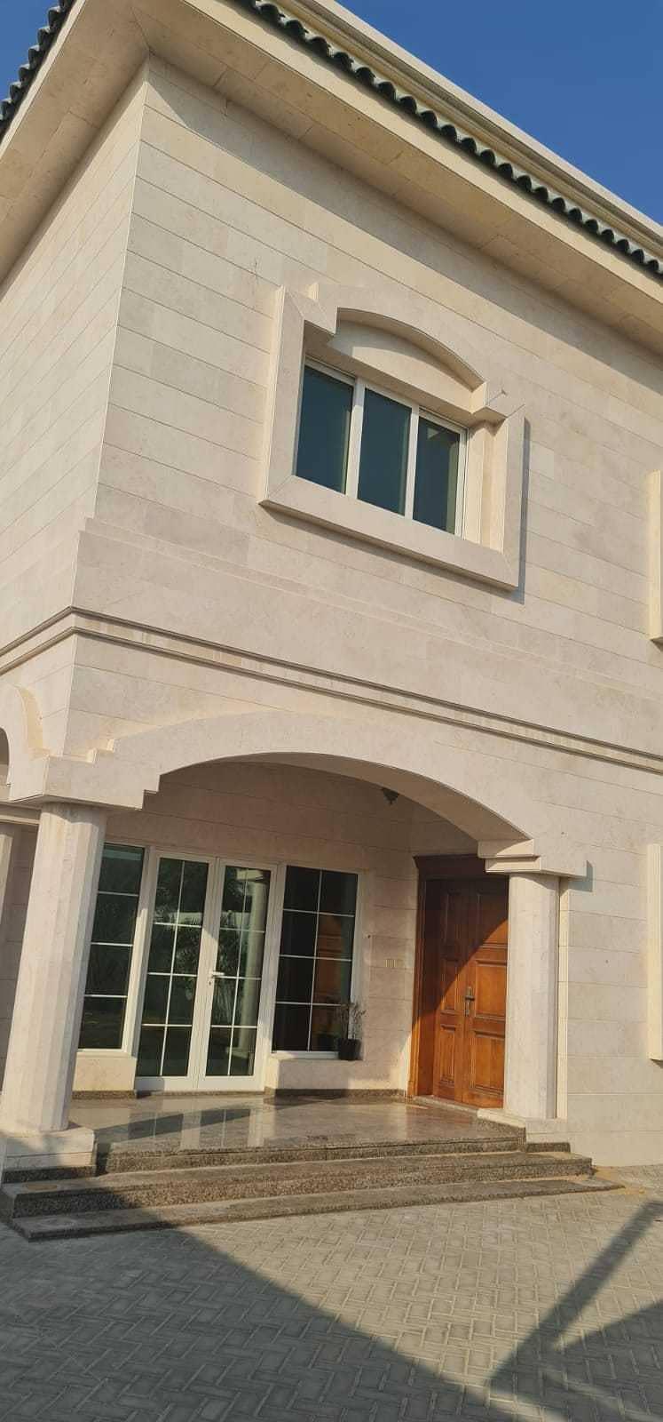 *** Enticing Offer- 5BHK Duplex Villa available in Al Goaz area ***