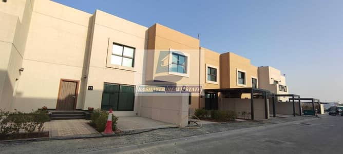 3 Bedroom Villa for Sale in Sharjah Sustainable City, Sharjah - Stunning Large Villa - Easy Payment - Prime Location