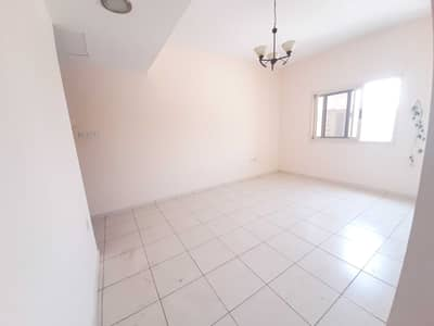 1 Bedroom Apartment for Rent in Muwaileh, Sharjah - Nice 1 bed room and hall in 20000 AED area 850sqft with 2 washrooms in Muwaileh 1 month No Deposit