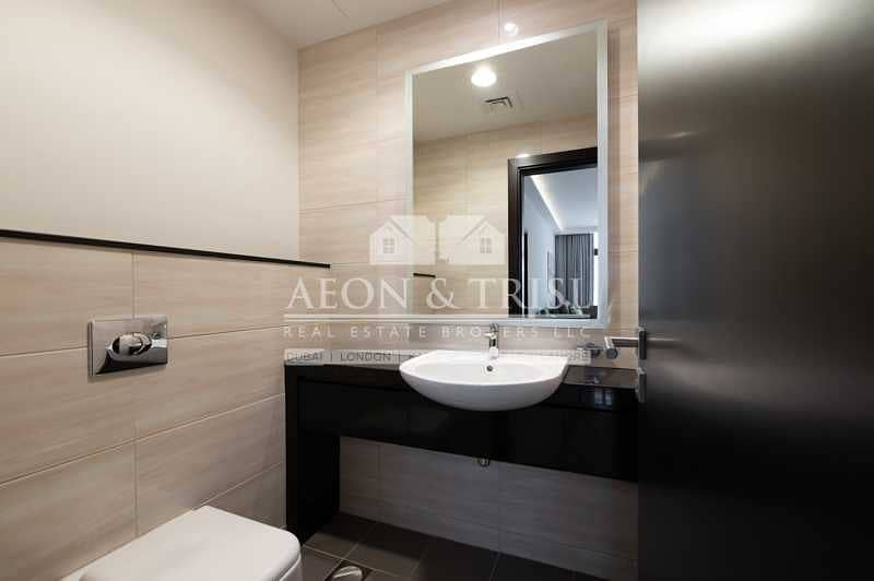 10 Brand New   Fully Furnished 1 Bed   Vacant