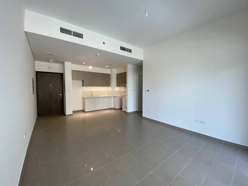 2 Brand New   Bright 1BR   With Balcony