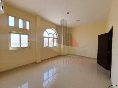 فلیٹ 2 غرفة نوم للايجار في الدفينة، العین - First Floor Main Road Near to UAEU Tawam Hospital