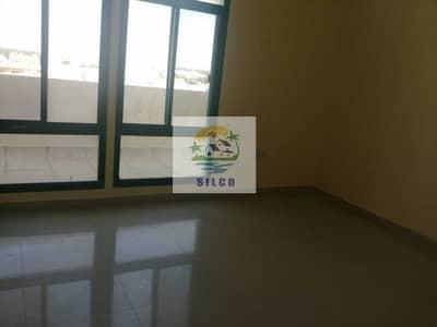 بنتهاوس 2 غرفة نوم للايجار في المشرف، أبوظبي - Fully renovated flat in central A/C