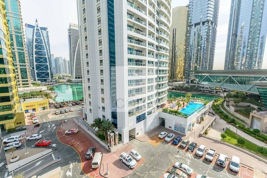 10 Fully Fitted | Open Plan | Close to Dubai Metro