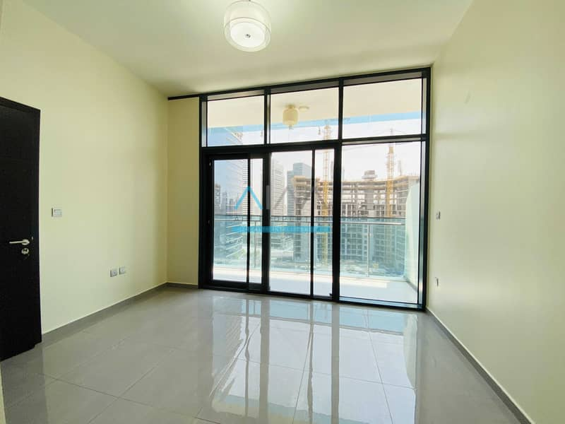 Beautiful Unit   wirh Appliances   1 Bed For Rent - Near Metro (Available from 25th Sep)