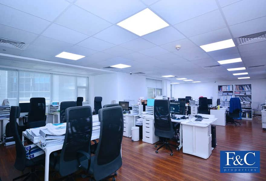 Office   Well Maintained   Vacant on September
