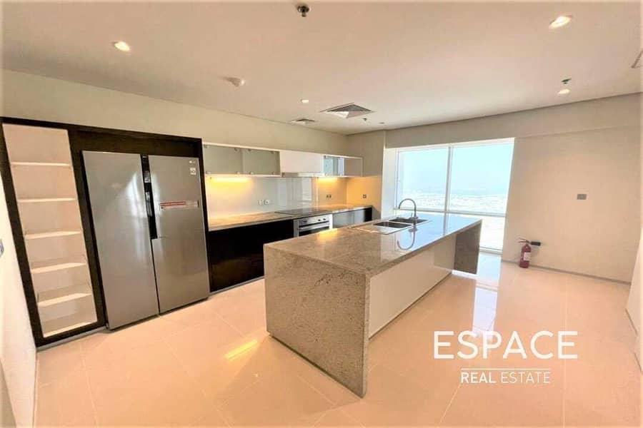 2 High Specs -  2 Bedrooms Duplex - Sea Views