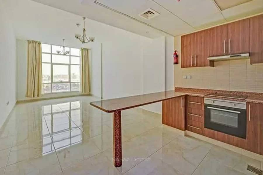2 Kitchen Equipped |Spacious Studio |Community View