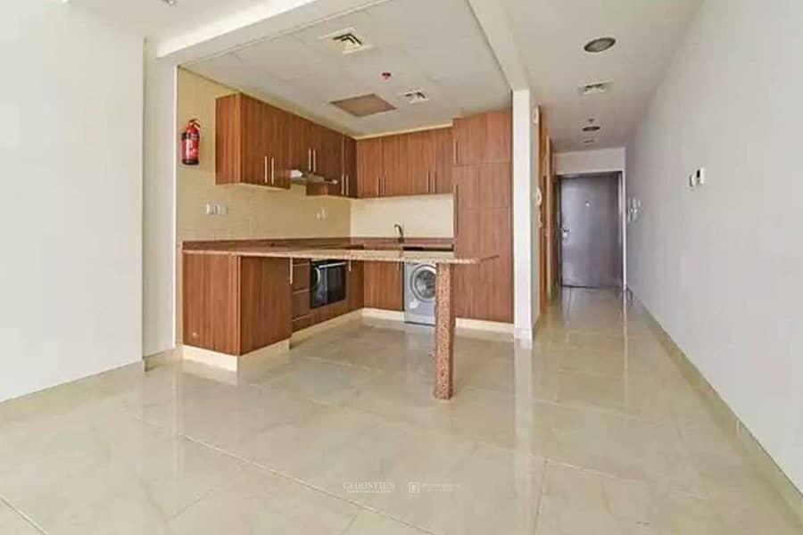 Kitchen Equipped |Spacious Studio |Community View