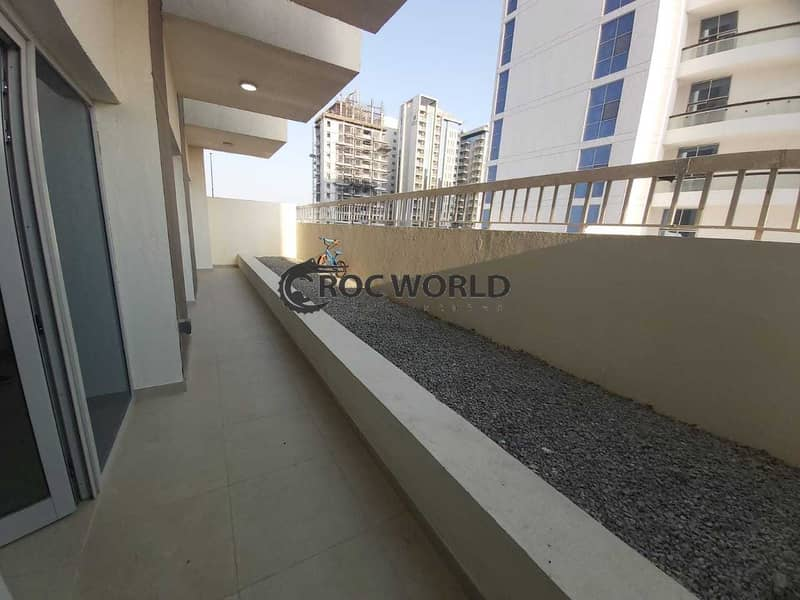 Fully Furnished   Chiller Free   Near to Metro