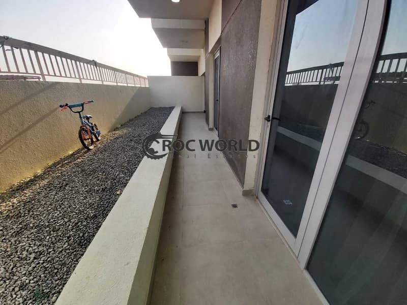 13 Fully Furnished   Chiller Free   Near to Metro
