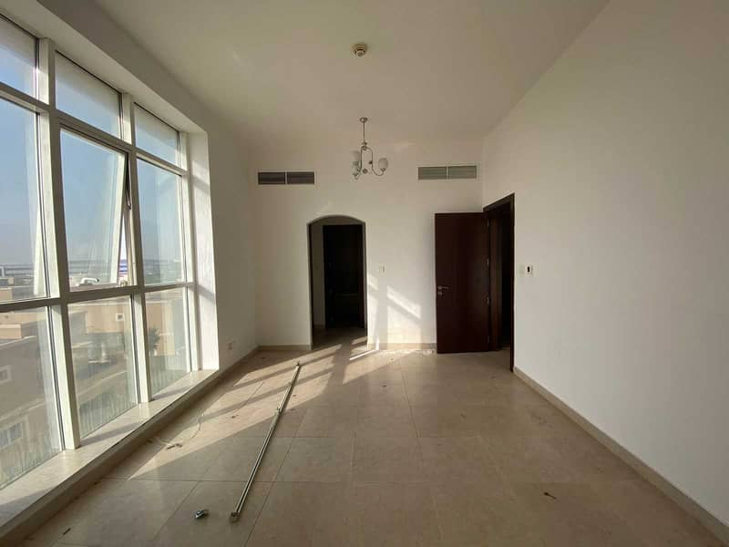 Spacious  2BHK with 1 maid room   Large Balcony   60k AED    4 Cheque