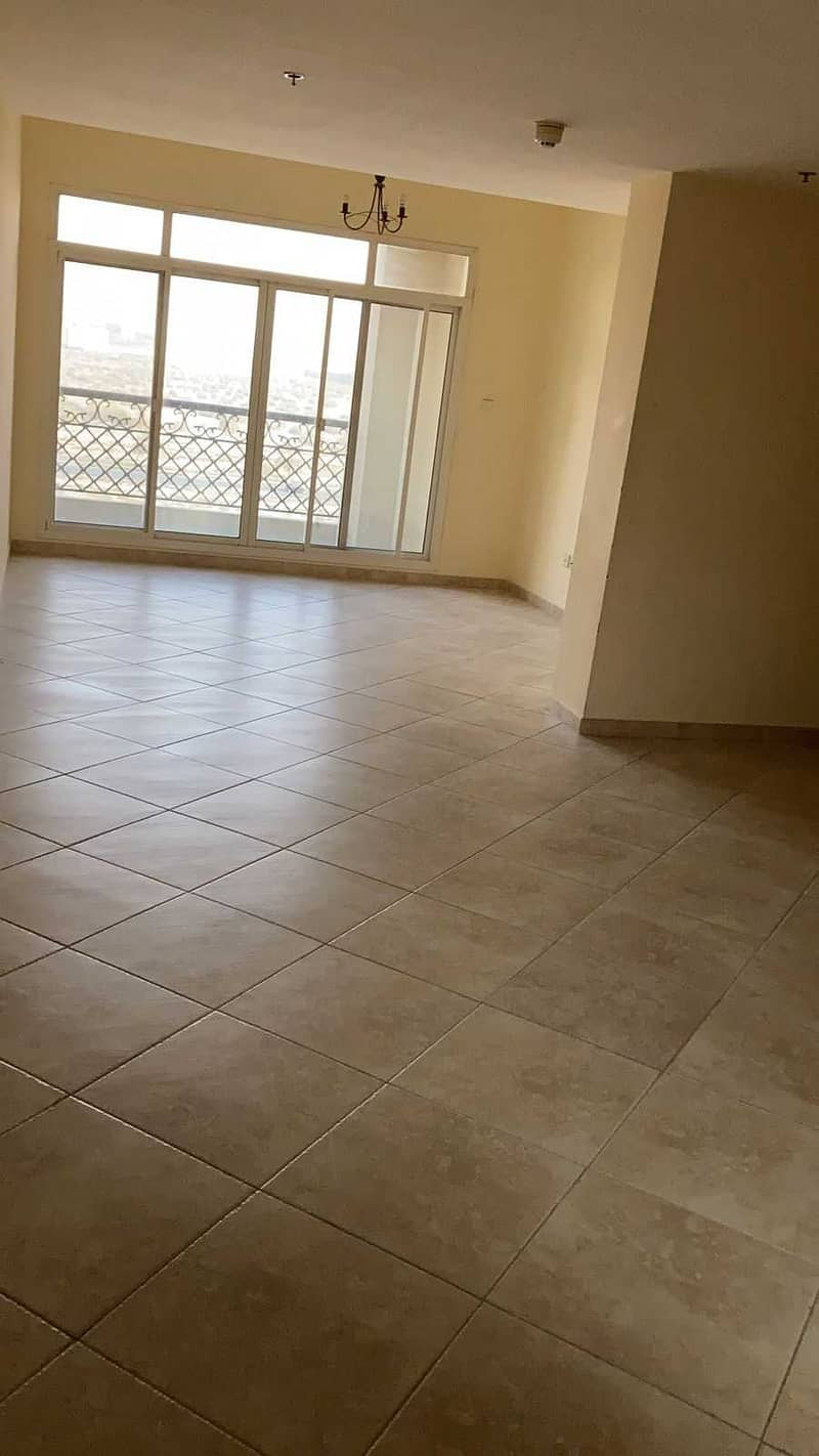 Spacious nd huge 2 BHK apartment with maid room