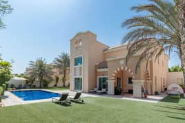 EXCLUSIVE A1 STUNNING LAKE AND GOLF VIEWS
