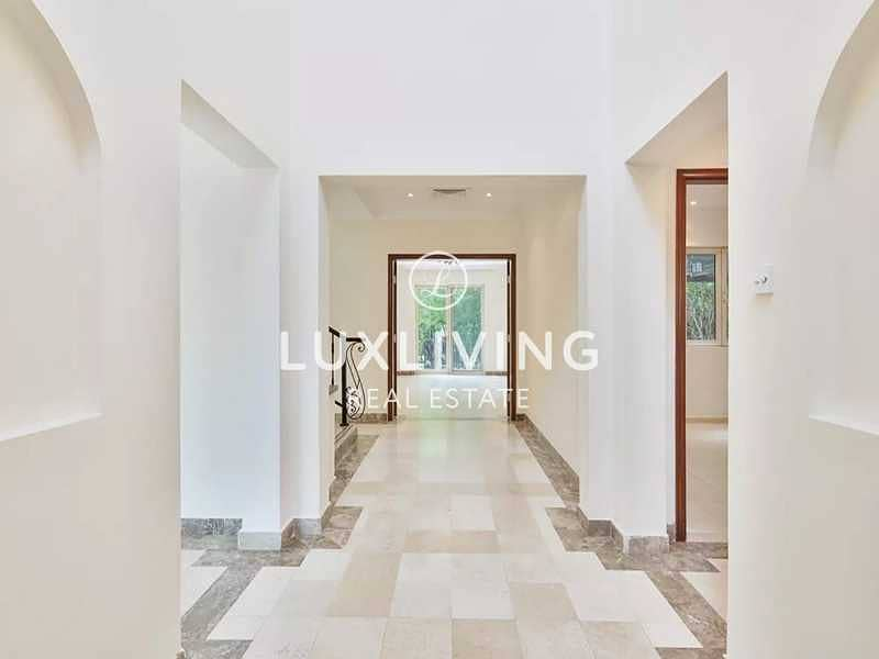 2 Entertainment Foyer   4 Beds   Private Pool