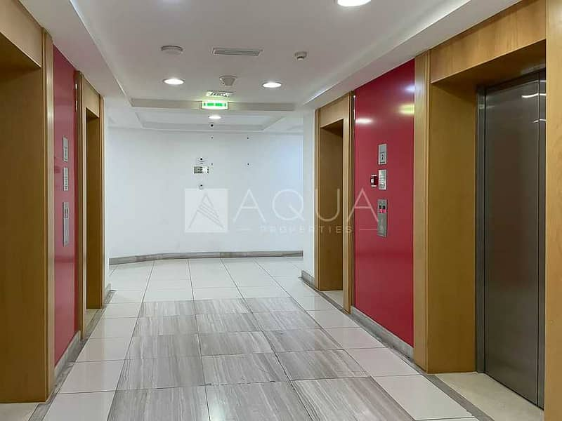 18 Fitted Office w/ Furniture and Partition